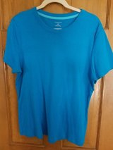 Land's End women's XL blue top in Lockport, Illinois