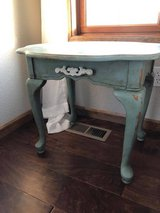 Vintage Farmhouse Side table in Rolla, Missouri