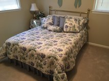 Full size bed and all bedding and matching curtains in Warner Robins, Georgia
