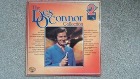 The Des O'Connor Collection, Double Album 1975 in Lakenheath, UK