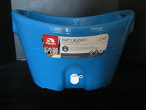 Beautiful Bright Blue Igloo Party Bucket Cooler in Plainfield, Illinois