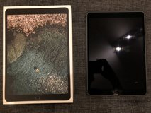 Ipad Pro 10.5in 64GB Space Grey (Box & Charger included) in Ramstein, Germany