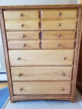 dresser in Elgin, Illinois