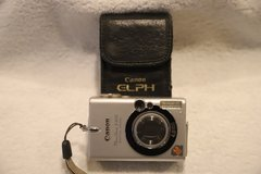 Canon Elph vintage digital camera 4.0 megapixels in Westmont, Illinois