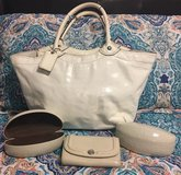 Coach Purse & Coach Wallet & 2 Coach Sunglass Cases (4pc Set) in Pasadena, Texas