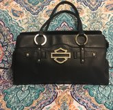 Guess Purse & Guess  Wallet in Baytown, Texas