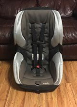 Evenflo Covertible Car Seat in Baytown, Texas