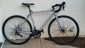 Fuji Sportif 4.0 LE Disc Road Bike - 2017 Performance Exclusive - $600 (Vista) in Camp Pendleton, California