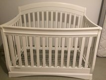 Crib (delta canton 4-in-1 crib) in Hohenfels, Germany