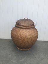 Lovely Large Wicker Basket w/Lid in Corona in Camp Pendleton, California