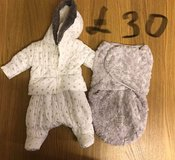 Baby girls clothes prices on photos in Lakenheath, UK