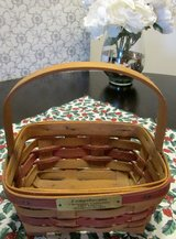 Longaberger Christmas Collection 1987 Mistletoe Red Basket in Westmont, Illinois