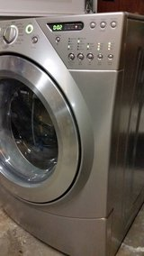 WHIRLPOOL FRONTLOAD WASHER . .EXCELLENT CONDITION . FREE LOCAL DELIVERY 30DAY WARRANTY in Wilmington, North Carolina