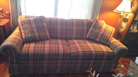 LAZY BOY BRAND ...Sofa AND Loveseat plus 4 pillows in Yorkville, Illinois