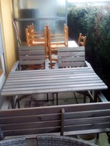 terrace table bank and 2 chairs in Stuttgart, GE