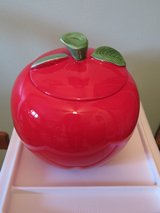 Cookie Jar/Container - Apple in Tinley Park, Illinois