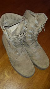 *** REDUCED PRICE****Canvas boots in Warner Robins, Georgia