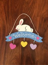 Hanging Bunny Welcome Sign in Alamogordo, New Mexico