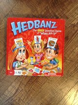 Hedbanz game in Hopkinsville, Kentucky