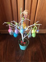 Easter Tree Decoration in Alamogordo, New Mexico