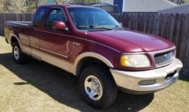 1997 Ford F150 Lariat 4x4 Extended Cab in Hinesville, Georgia