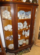 Shop-closing sale Dressers Showcase Table Chairs Clocks Wardrobe etc. up to 50% on antiques in Wiesbaden, GE