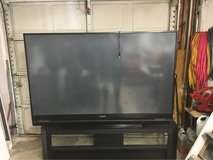 "73"" 3d dlp tv in Kingwood, Texas"