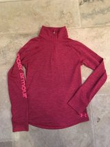 LIKE NEW Girls Under Armour Lightweight Sweatshirt Size M (10-12) in Plainfield, Illinois