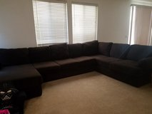 large sectional w/chase in Camp Pendleton, California