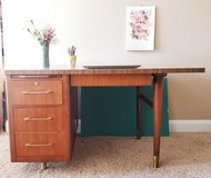 Mid-century wood desk/office desk, 4 drawers, pull-out tray, brass legs and hardware in Fort Campbell, Kentucky
