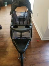 Expedition stroller in Fort Carson, Colorado