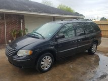 2005 Town & Country LIMITED in Pasadena, Texas