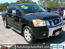 2009 Nissan Titan Crew Cab LE - 5.6L V8. 97k miles! LOADED with features!!! in Camp Lejeune, North Carolina