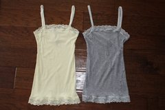 2 Lace Abercrombie & Fitch Camis Size Small in Manhattan, Kansas