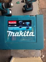 Makita Drill Set 18V with 2- 5 Ah batteries in Ramstein, Germany