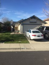 Room for rent with single military female in Vacaville, California