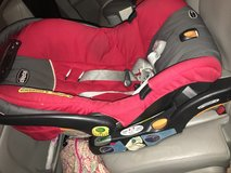 Chicco Keyfit 30 car seat & 2 bases in Kingwood, Texas