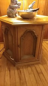 vintage end tables in Shorewood, Illinois