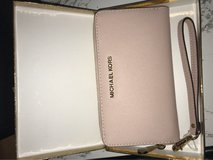 brand new with tags Michael kors wallet in Okinawa, Japan