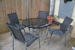 Garden Table and Chairs in Wiesbaden, GE