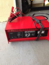 Battery Charger 220v Trickle/Boost Battery Car Charger in Ramstein, Germany