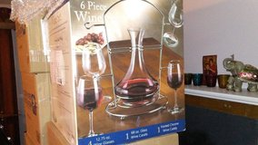 6 PIECE DECANTER WINE SET in Bolling AFB, DC