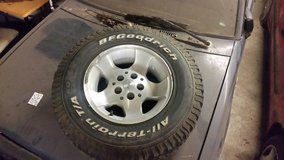 Jeep Wrangler factory aluminum wheels and Bf Goodrich at tires in Fort Campbell, Kentucky