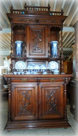 exquisite tiger oak dining room hutch with ornate carvings in Wiesbaden, GE