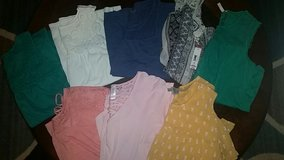 huge lot of cute shirts in Warner Robins, Georgia