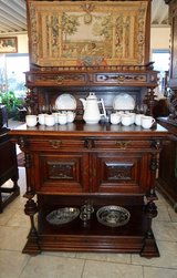 gorgeous credenza with beautiful carvings in Ramstein, Germany