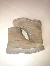 Bates Temperate Weather gortex boots size 10R in Fort Belvoir, Virginia