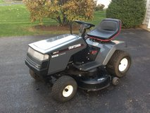 Craftsman 14.0 HP Lawn Tractor in Shorewood, Illinois