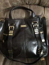 Beautiful Michael Kors Leather  Handbag (Limited Edition) in Chicago, Illinois