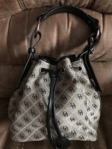 Dooney & Bourke Handbag in Chicago, Illinois